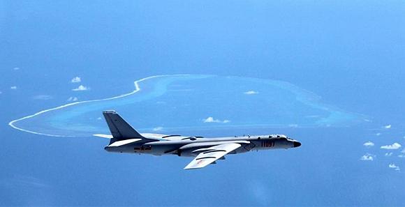 中國空軍航空兵赴南海常態化戰鬥巡航