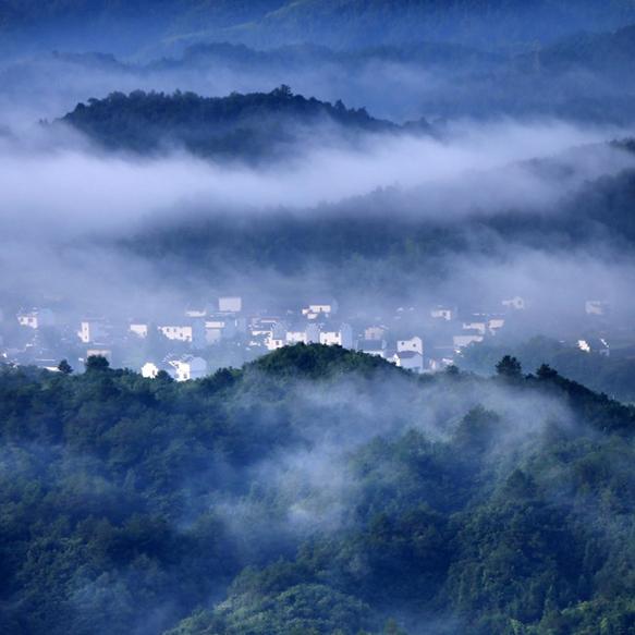 齐云山 晨雾袅绕[组图]
