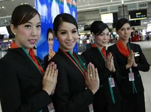 泰国人妖空姐正式亮相