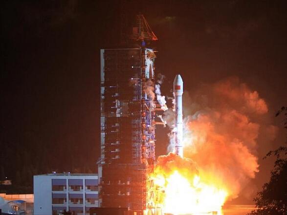 中国卫星行动通讯系统天通一号01星成功发射