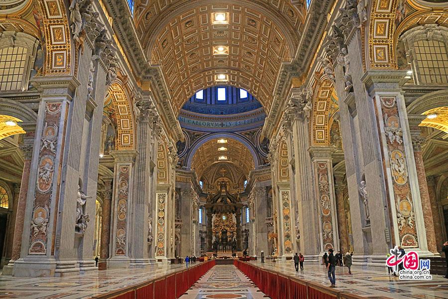 意域风情(十九 上)圣彼得大教堂,天国的救赎