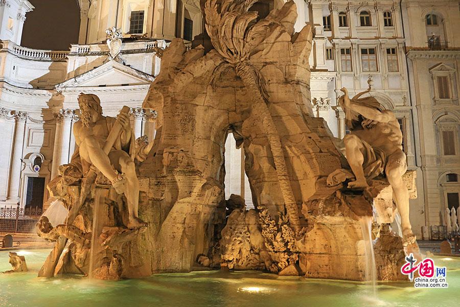 意域风情(二一)广场与喷泉,闪耀着罗马的荣光