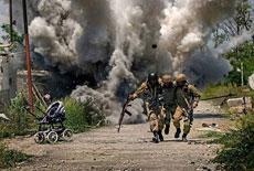 战地照重现乌克兰战争 堪比大片