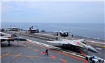 中国海军又一批舰载机飞行员成功阻拦着舰