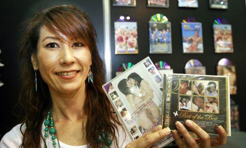 成人色情电影_在日本,成人av电影可以与动画电影各占半壁江山,前者年产值约10亿美元