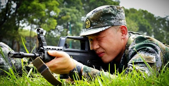 暑期强化训练攻坚期 看准军官如何最后冲刺
