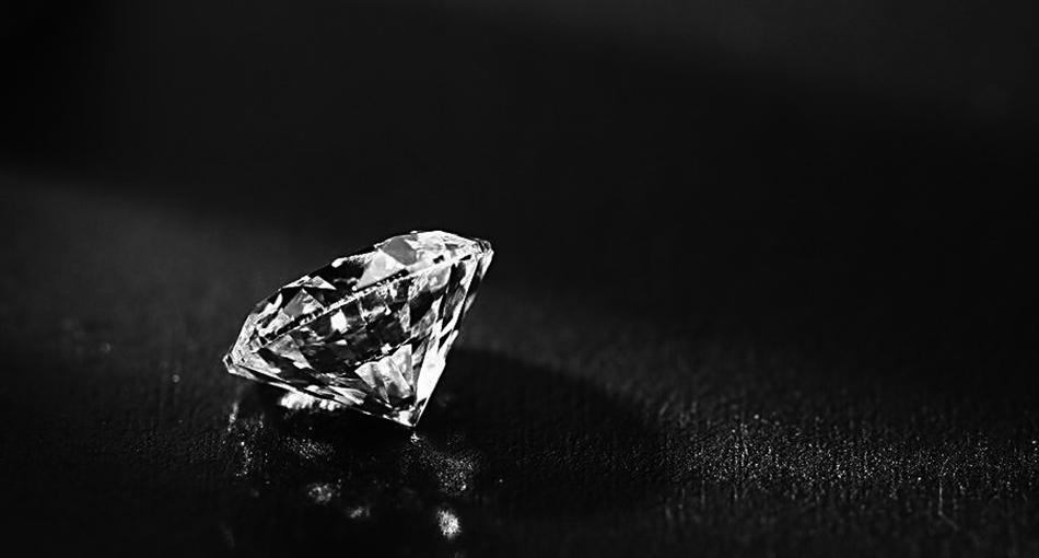 攒钻石:将购买钻石变成记录爱的美好过程