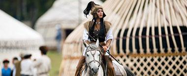 草原王者:吉尔吉斯举办世界游牧民大比武