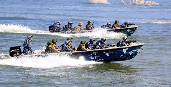 中俄'海上联合—2016':联合立体登陆实兵演练成功