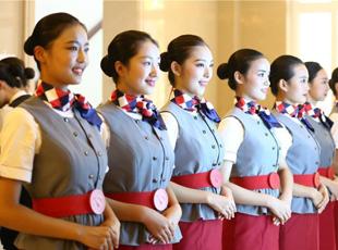 南航空乘招聘 美女扎堆颜值爆表