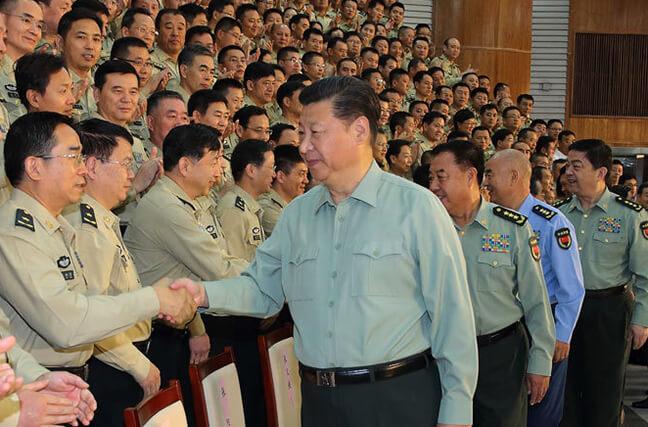 习近平亲切接见火箭军第一次党代会全体代表