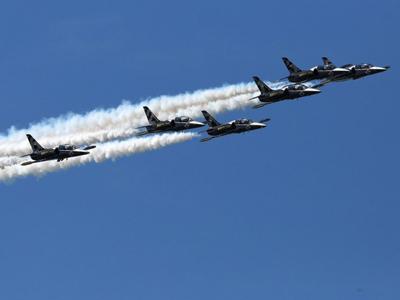 美国旧金山举行舰队周飞行表演