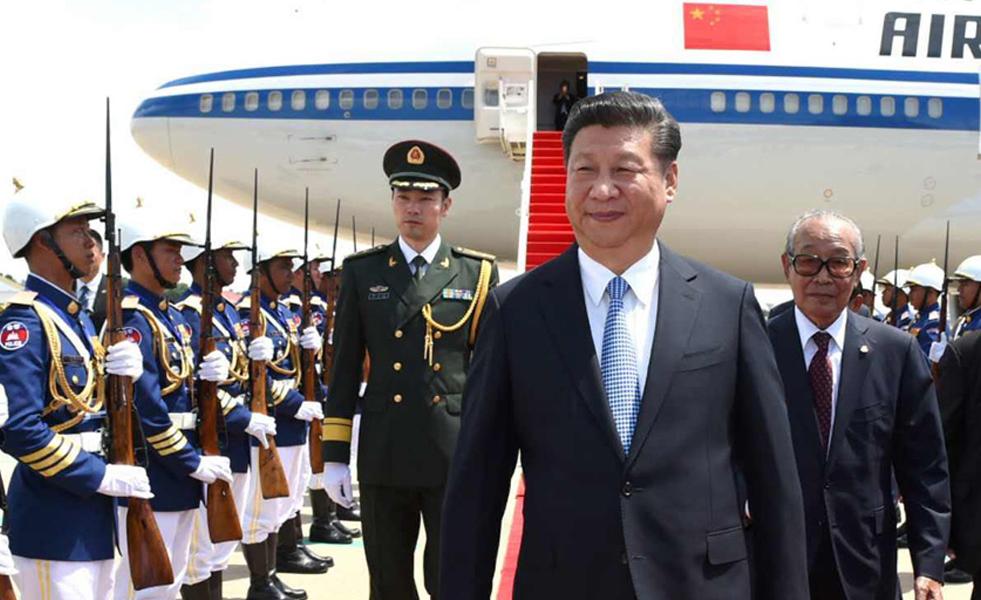 习近平抵达金边 开始访问柬埔寨