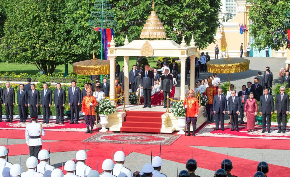 习近平访问柬埔寨精彩图集