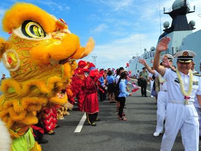 中国海军第二十三批护航编队访问柬埔寨