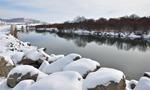 内蒙古呼伦贝尔市普降大雪,大地一片银装素裹