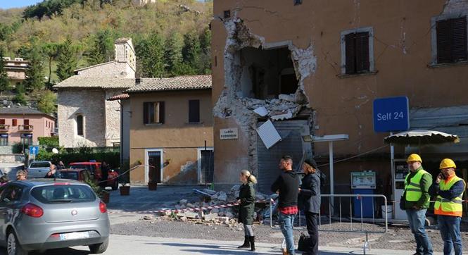 意大利中部再遭地震袭击
