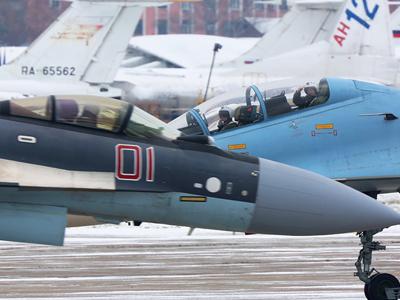 俄苏35试飞员教中国驾驶苏35?