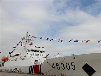 中国海警舰船首次访问越南