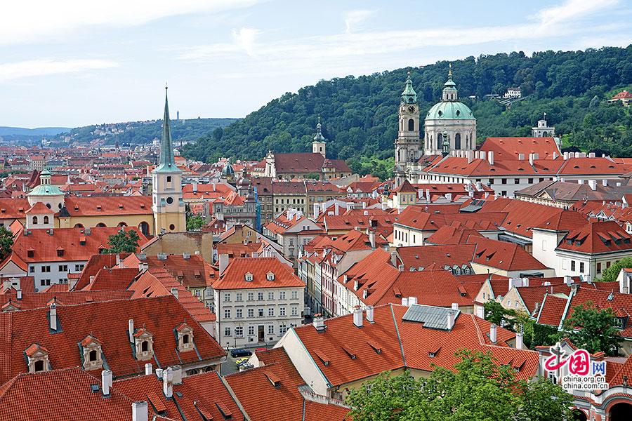 捷尽风华(十四)布拉格旧皇宫:窗外蔓延的红房顶啊