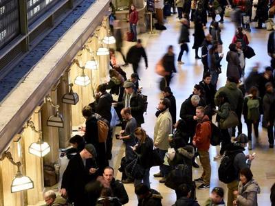 美国多地民众感恩节假期出行人数或创9年新高
