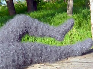 亮瞎!这是战斗民族发明的毛裤:保暖耐用还防色狼