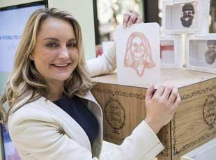 世界首台糖果3D打印机登陆英国 自拍变成糖!