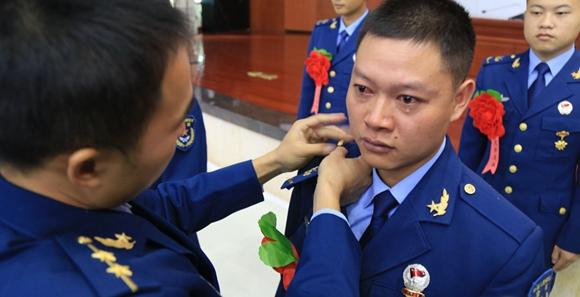 南部战区空军某场站组织冬季士兵退役工作大会