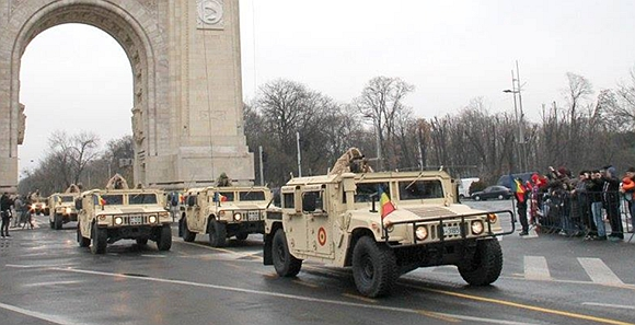 罗马尼亚阅兵美俄装备凑齐了