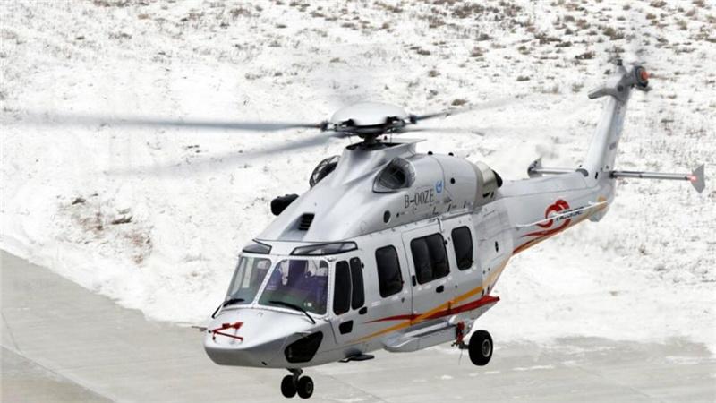 中航AC352直升机首飞成功