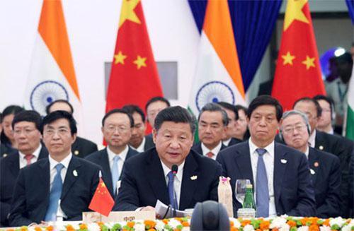 习近平出席金砖国家领导人第八次会晤并发表重要讲话