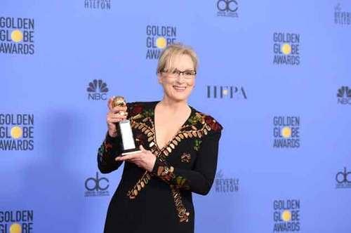 """梅丽尔·斯特里普8日晚接受金球奖""""终身成就奖""""颁奖。"""