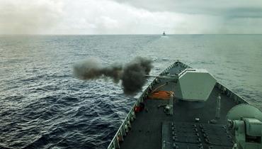 军情24小时:三艘052D实战演习场面壮观