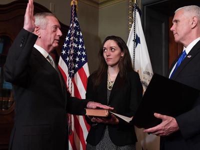 美国参议院批准马蒂斯国防部长提名