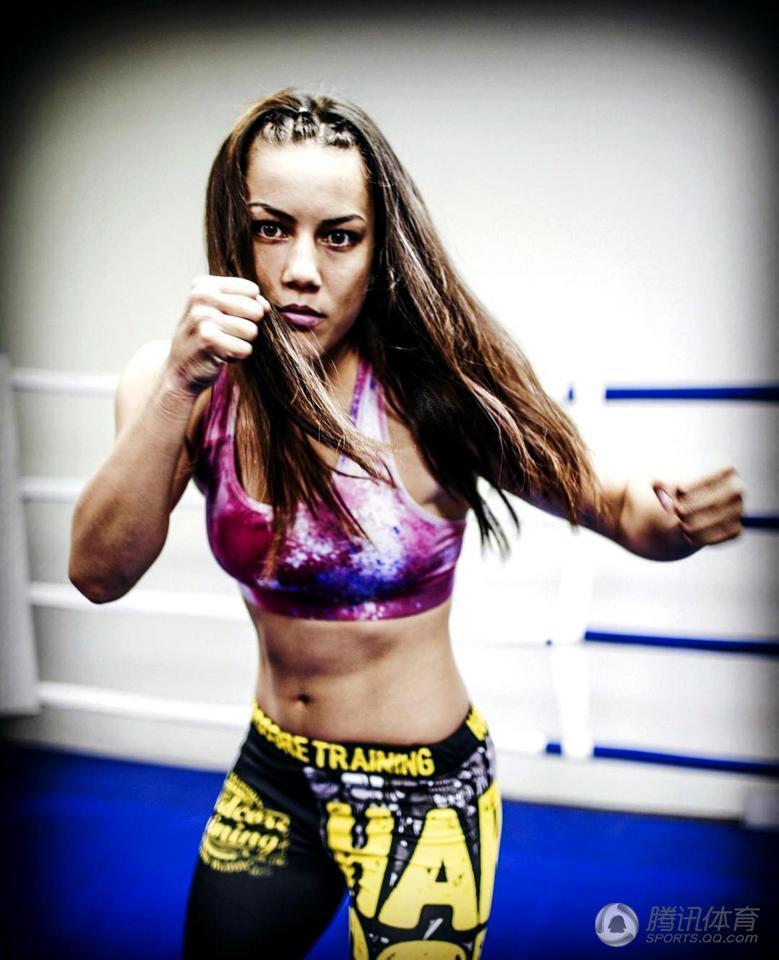 美女拳手成哈萨克斯坦最性感运动员