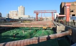 抓好扬尘管控 天津全力塑造'绿色地铁站'