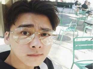 李易峰斥吸毒谣言 与友微信聊天记录全曝光