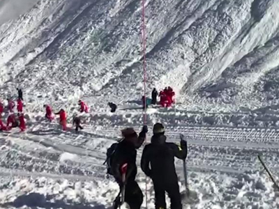 法属阿尔卑斯山区雪崩至少4人死亡