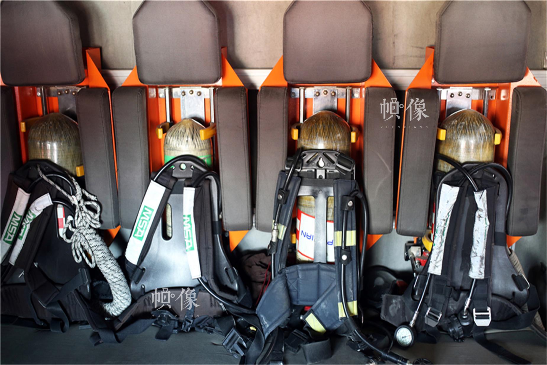 消防空气呼吸器。