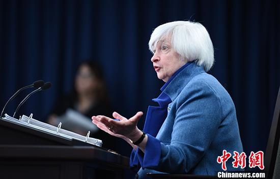 美联储主席耶伦举行记者会,解释美国经济状况。 <a target=&apos;_blank&apos; href=&apos;http://www.chinanews.com/&apos;><p align=