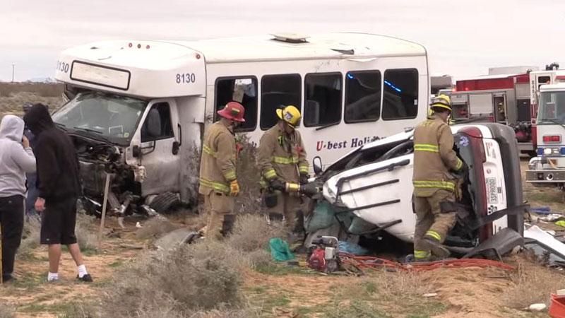 美加州一载中国游客大巴遇严重车祸 1死至少26伤