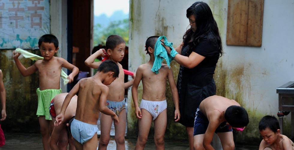 【兩會特刊·行動者】人大代表陳萬霞和她的留守兒童學校