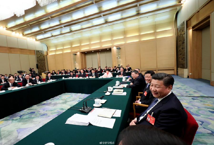 习近平参加上海代表团审议(组图)