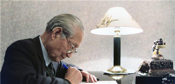 赵朴初与中国共产党的深厚情缘