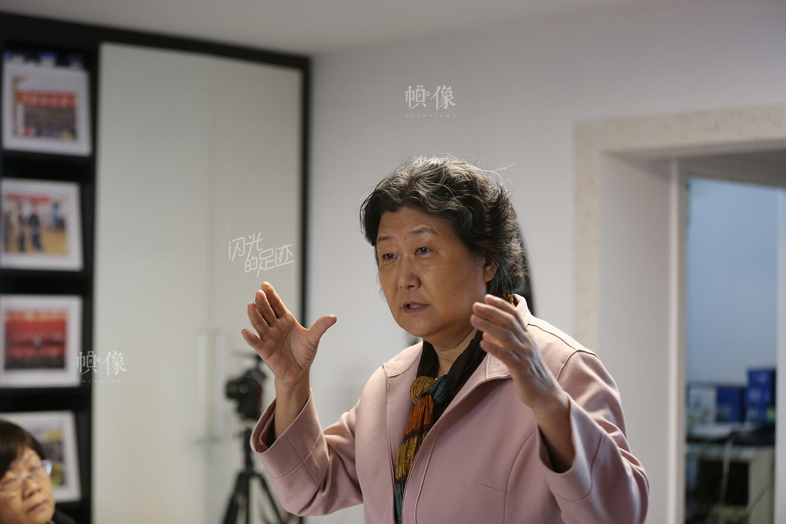 2017年2月25日,北京红枫中心副主任侯志明讲解依恋关系。中国网记者 吴闻达 摄