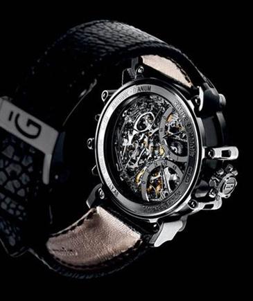 珀富斯首枚大自鳴腕錶