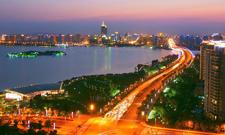政协委员何建明:让苏州成'一带一路'文化传播的载体