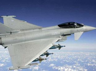 """智能战机:""""台风""""可语音控制发导弹"""