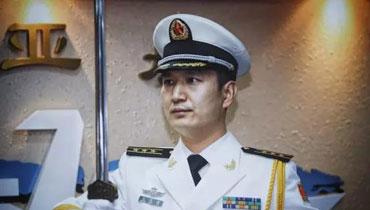 軍情24小時:中國海軍舉行授劍儀式 氣勢逼人