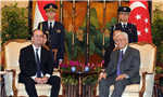 法国总统奥朗德访问新加坡(组图)